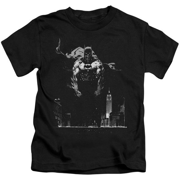 Batman/Dirty City Short Sleeve Juvenile Graphic T-Shirt in Black