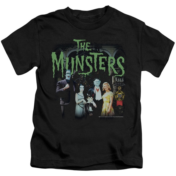 Munsters/1313 50 Years Short Sleeve Juvenile Graphic T-Shirt in Black