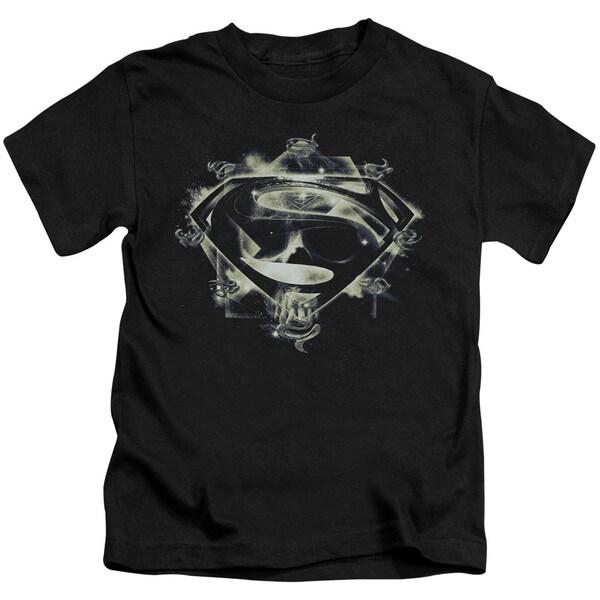 Man Of Steel/Skulls and Symbols Short Sleeve Juvenile Graphic T-Shirt in Black