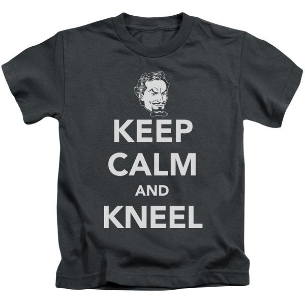 DC/Keep Calm and Kneel Short Sleeve Juvenile Graphic T-Shirt in Charcoal