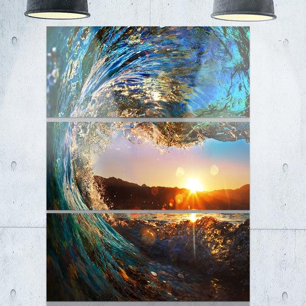 Designart - Colored Ocean Waves Falling Down - Modern Seashore Glossy Metal Wall Art