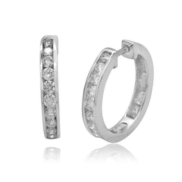 10k White Gold 1/4ct TDW Round Diamond Hoop Earrings (H-I, I2-I3)