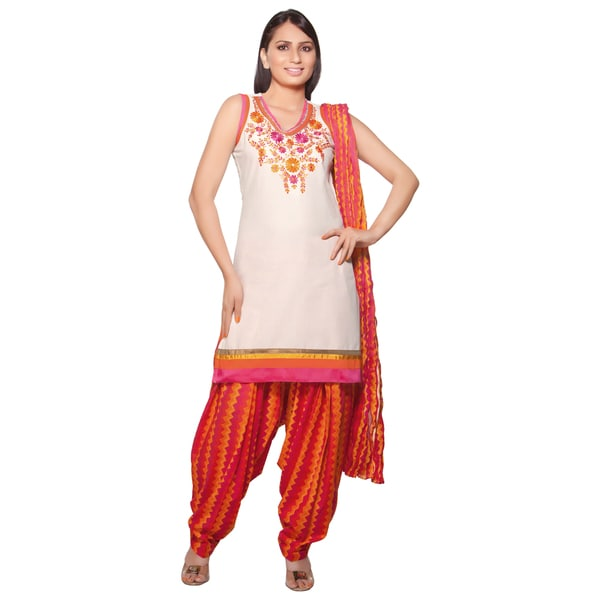Handmade Women's Indian 3-Piece Ensemble With Embroidery (India) 20812530