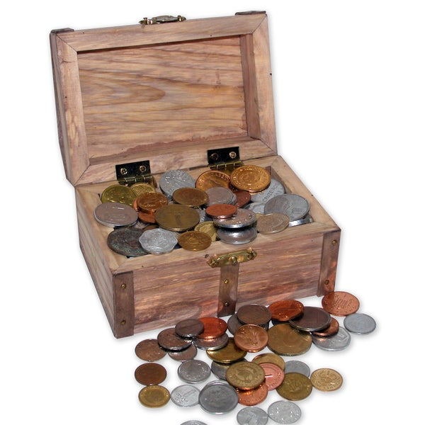 American Coin Treasures Treasure Chest of 100 Coins From Around the World