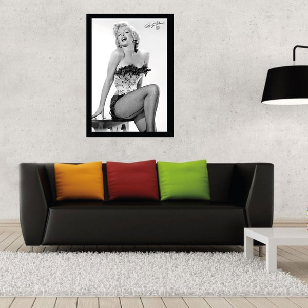Marilyn Monroe Print with Black Contemporary Poster Frame