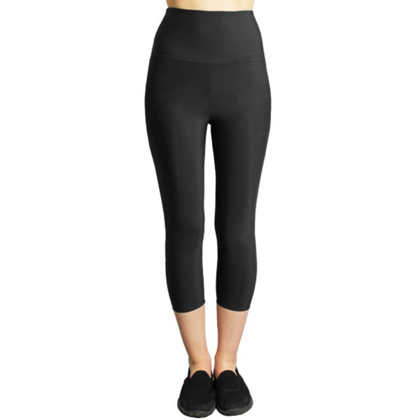 Slim Black Moisturizing Compression High-waist Capri Leggings 21114933