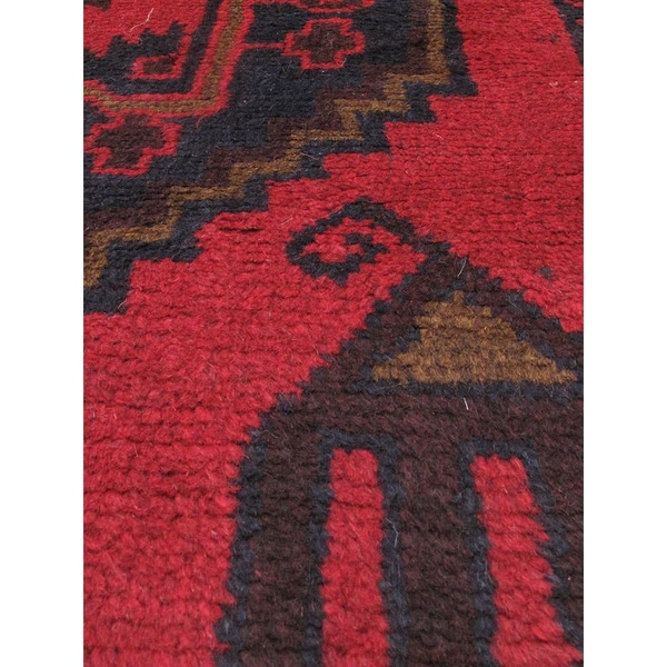 eCarpetGallery Kazak Black/ Red Wool Hand-knotted Rug (3'5 x 5'11)