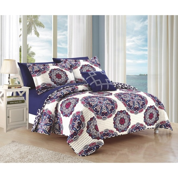 Chic Home 8-Piece Miranda Navy Quilt Set