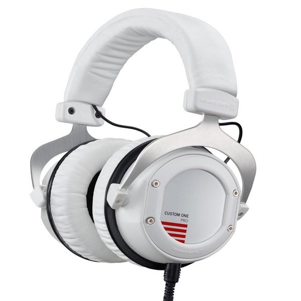 Beyerdynamic Custom One Pro Plus with Accessory Kit and Remote Microphone Cable (WHITE)