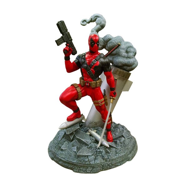 Diamond Select LLC Marvel 'Deadpool Deluxe Model Kit