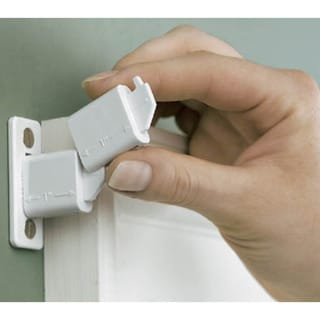 Levolor White Adjustable Curtain Rod Bracket Kit