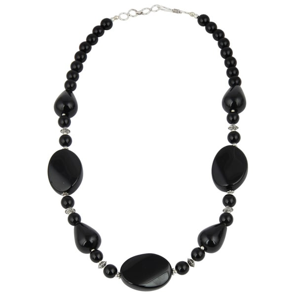 Pearlz Ocean Alluring Black Agate Gemstone Beads 18 Inches Trendy Necklace Jewelry for Women 21301134