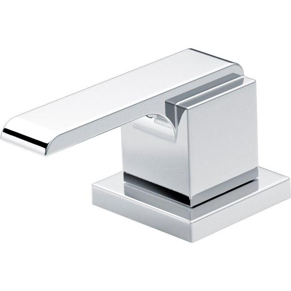 Delta Pair of Ara Metal Lever Handles in Chrome