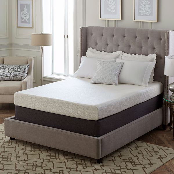 Classic 8-Inch California King-size Ventilated Memory Foam Mattress