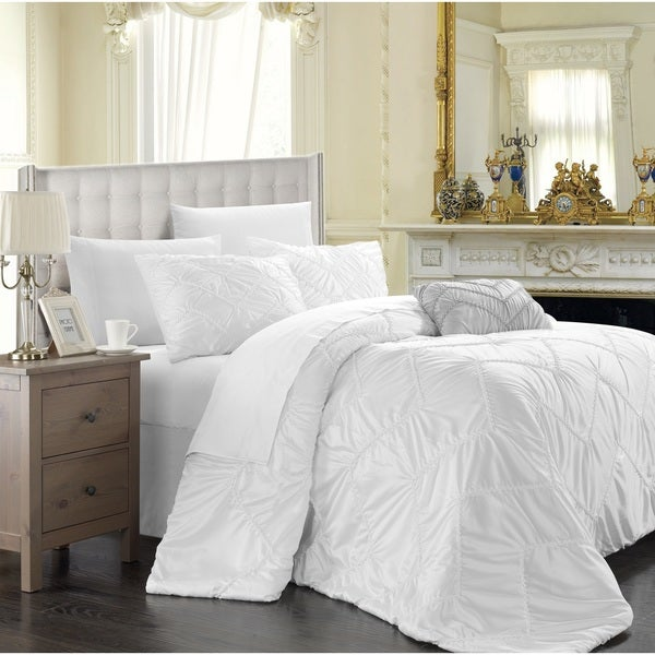 Chic Home 8-Piece Belvia White Duvet Cover Set