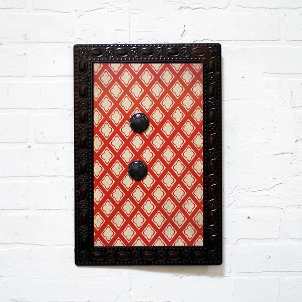 Red Metal 18-inch High Magnet Board