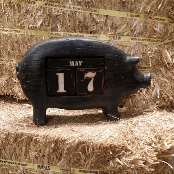 Black Resin Pig Calender
