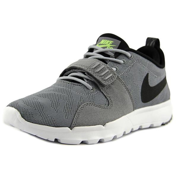 Nike Men's 'Trainerendor' Grey Mesh Athletic Shoes