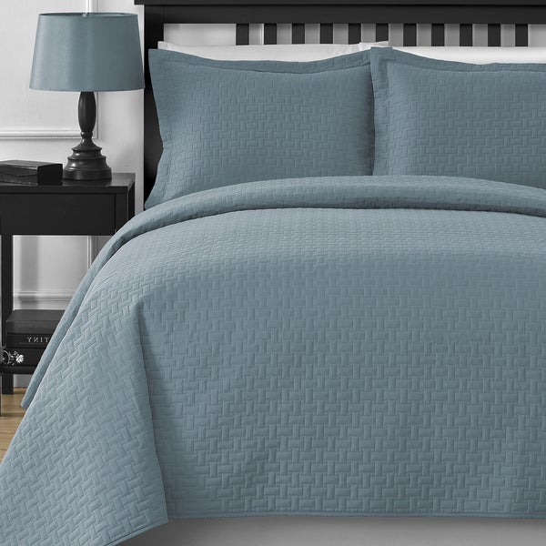 Modern Frame Quilted 3-Piece Oversized Coverlet Set