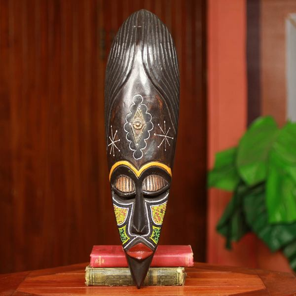 Handcrafted Sese Wood 'Ashanti Warrior Queen' Wall Mask (Ghana)