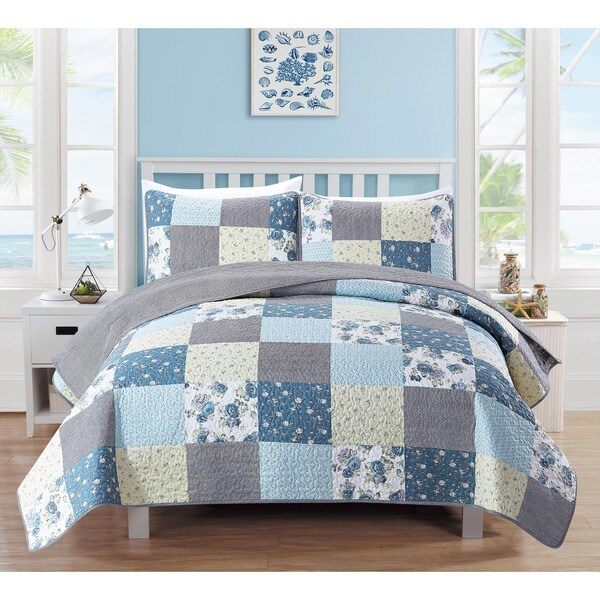 Fiore Collection 3-Piece Patchwork Floral Quilt Set