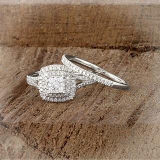 De Couer IGI Certified 14K White Gold 1/2ct TDW Diamond Cluster Halo Ring