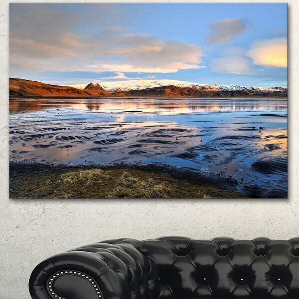 Designart 'Approach To Dyrholaey Durign Sunrise' Large Seashore Canvas Artwork Print
