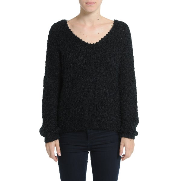 Romeo + Juliet Couture Basic Fuzzy Sweater