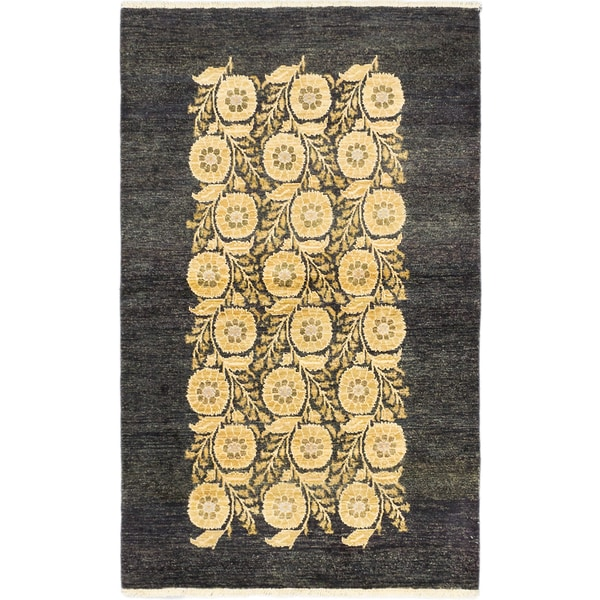 eCarpetGallery Peshawar Ziegler Black/Ivory Wool Hand-knotted Area Rug (4'0 x 6'5) 21927740