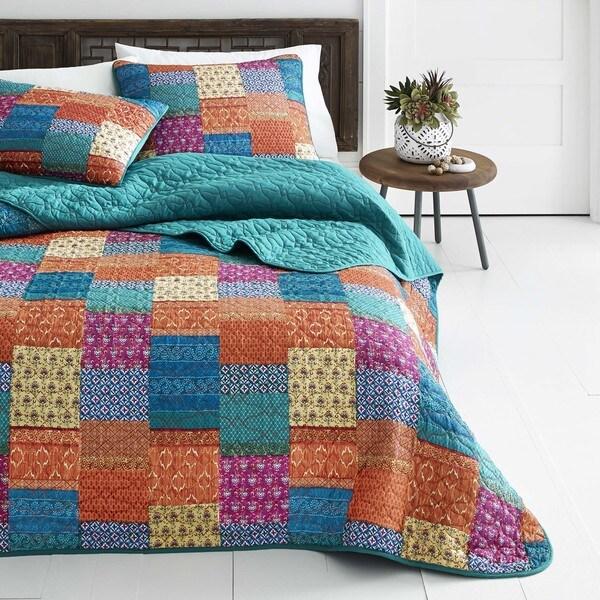 Azalea Skye Ikat Artisan Quilt Set