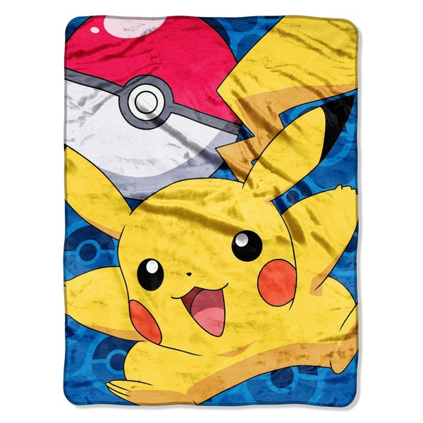 ENT 059 Pokemon Go Pikachu Blanket