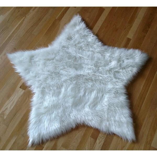 White Faux Fur Sheepskin Shag Star-shaped Area Rug White (4')