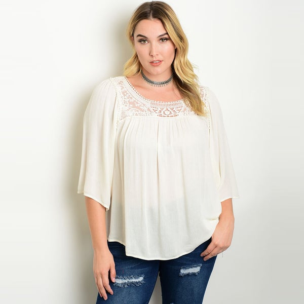 Shop the Trends Women's Ivory Rayon Plus-size 3/4 Flutter-sleeve Peasant Top with Crochet Front