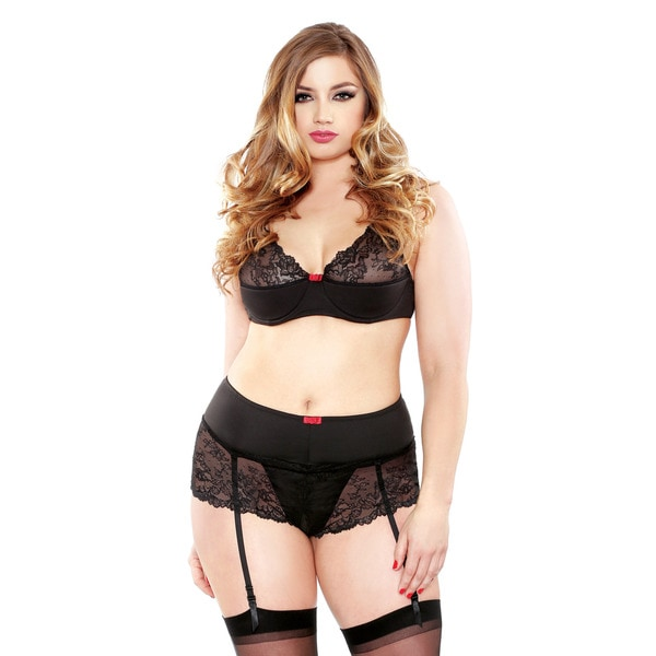 Fantasy Lingerie Black Polyester/Spandex Plus Size Eyelash Lace Underwire Bra and Panty Set