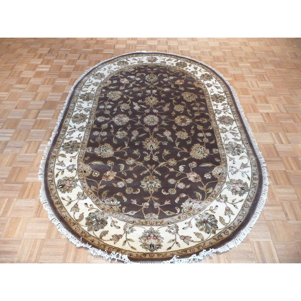 Tabriz Oriental Ivory/Tan/Red/Black/Sage/Brown Wool and Silk Hand-knotted Rug (6' x 9'2)