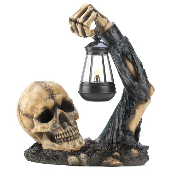 Home Locomotion Black Polyresin Outdoor Sinister Skull with Lantern 22336610