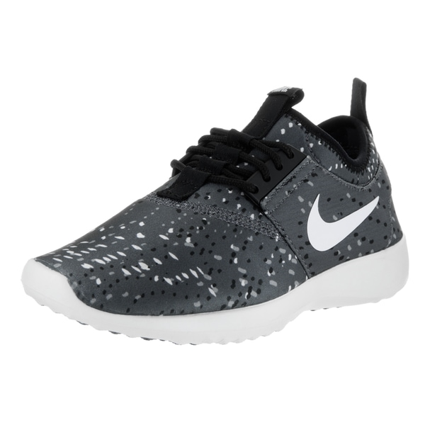 Nike Women's Juvenate Printed Running Shoe