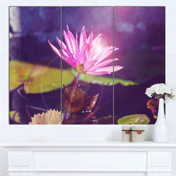 Designart 'Pink Lotus Flower on Blue Background' Modern Flower Canvas Art Print