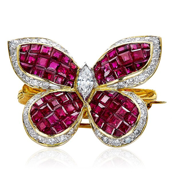 18k Yellow Gold Ruby and 1ct TDW White Diamonds Butterfly Estate Pin (G-H, VS1-VS2) 22662649
