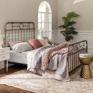 Classic Antique Finish Metal Pipe Bed