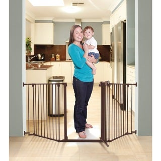 Dreambaby Newport Adapta Brown Metal Gate - Black