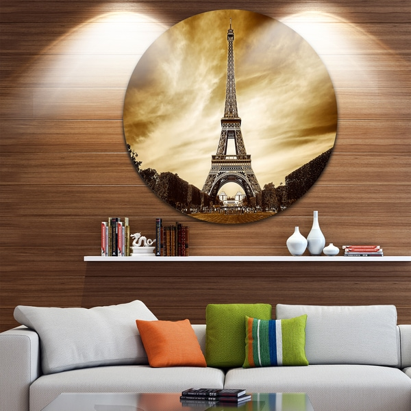 Designart 'Eiffel Tower in Grey Shade' Landscape Photo Disc Metal Wall Art 23692867