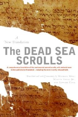 The Dead Sea Scrolls: A New Translation (Paperback)