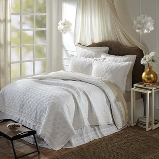 VHC Brands Farmhouse Bedding Adelia Hand Quilted Machine Stitched White Queen Quilt