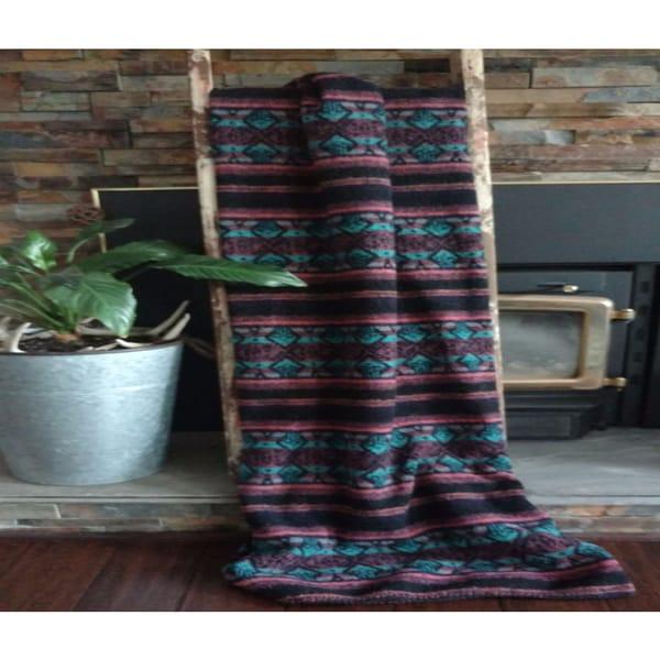 Mazmania Fresno Looped Wool Throw 26497458