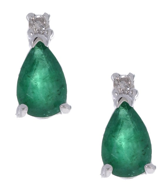 14k White Gold Pear-shaped Emerald Earrings