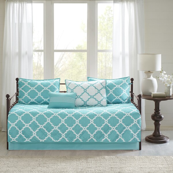 Madison Park Essentials Concord Chic Aqua Reversible Fretwork Printed 6 Pieces Daybed Set (As Is Item) 32043976