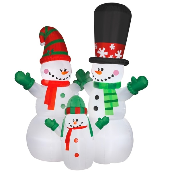 12 ft. Inflatable Snowman Family 29270037