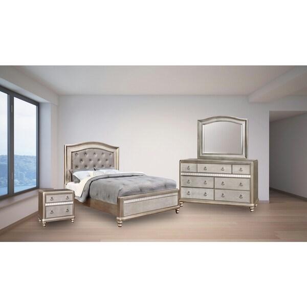 Royale 4PC Bedroom Set