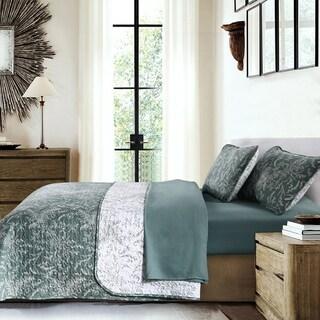 Vilano Ultra-Soft Lightweight WinterBrush 3-piece Quilt and Sham Set